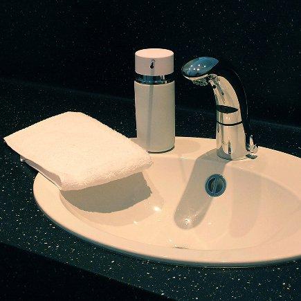 Liquid soap dispenser Per